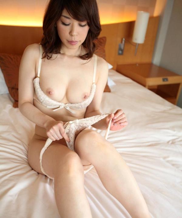 岸本奈々枝(水野洋子)人妻不倫セックス画像60枚の2