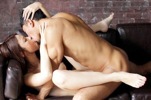 ベロキス画像 夢中で舌を絡め合う愛の交歓110枚の049枚目