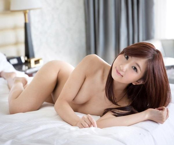 清本玲奈 清楚なスレンダー美女セックス画80枚の1