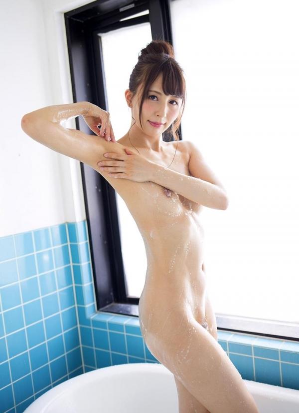 希崎ジェシカ 妖艶なクォーター美女入浴画像50枚の015枚目