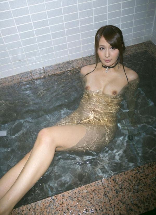 希崎ジェシカ 妖艶なクォーター美女入浴画像50枚の026枚目