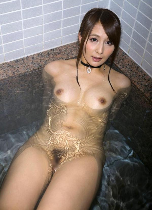 希崎ジェシカ 妖艶なクォーター美女入浴画像50枚の2