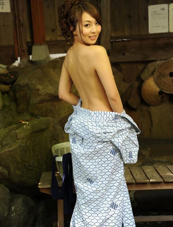 希崎ジェシカ 妖艶なクォーター美女入浴画像50枚の033枚目