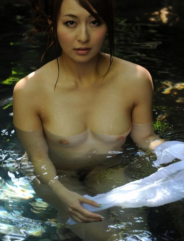希崎ジェシカ 妖艶なクォーター美女入浴画像50枚の042枚目