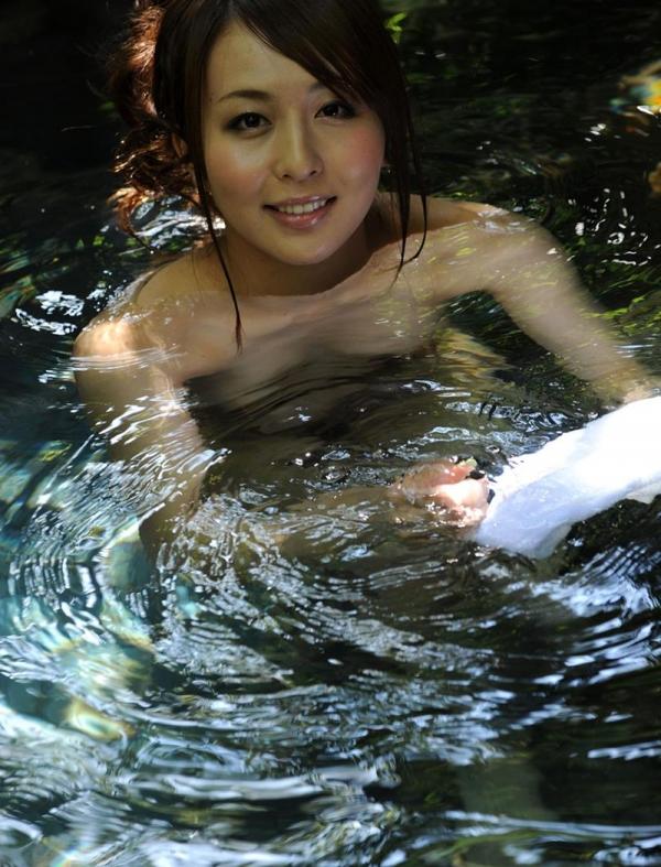 希崎ジェシカ 妖艶なクォーター美女入浴画像50枚の044枚目