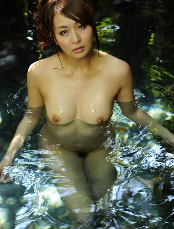 希崎ジェシカ 妖艶なクォーター美女入浴画像50枚の050枚目