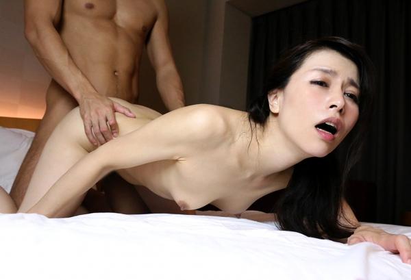 井上綾子 色白で淫靡な体の四十路熟女エロ画像55枚のb29枚目