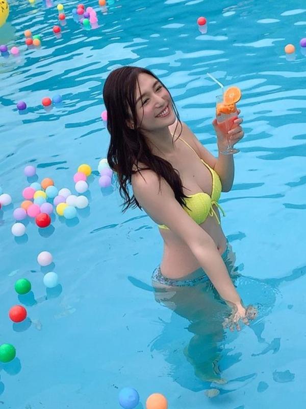 古川いおり Cカップ微乳の潮吹き美女エロ画像80枚のa15枚目