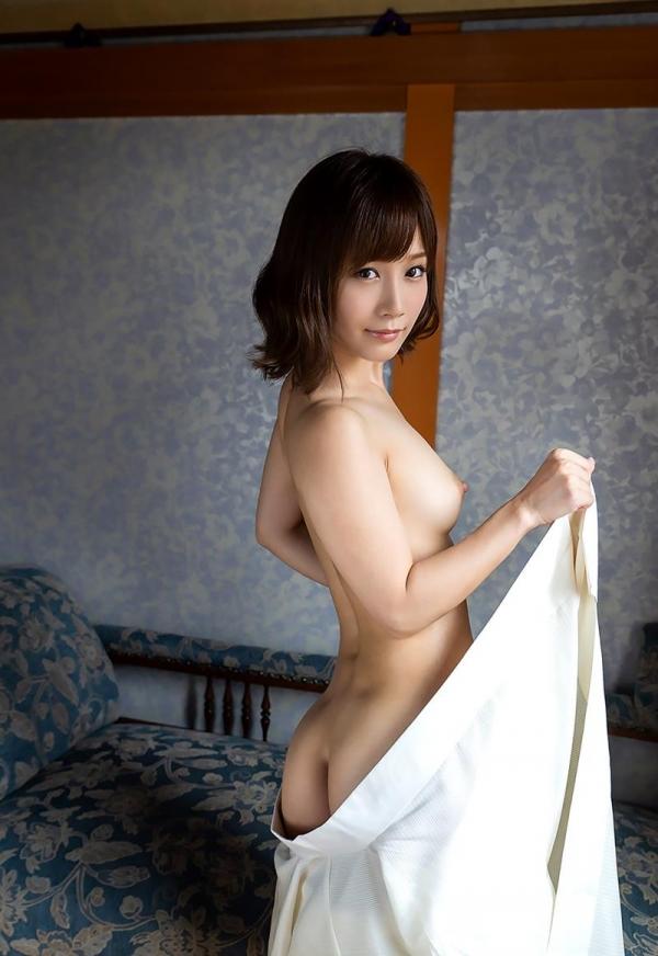 小島みなみ かわいい顔して剛毛な美女のヌード画像110枚の062枚目