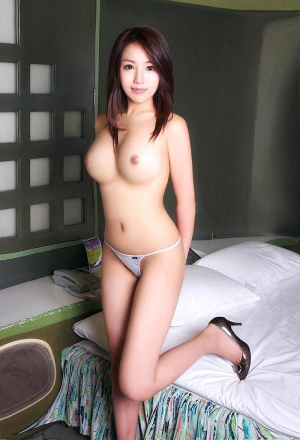 不自然に美しい韓国人モデル!外国人ヌード画像40枚の15枚目