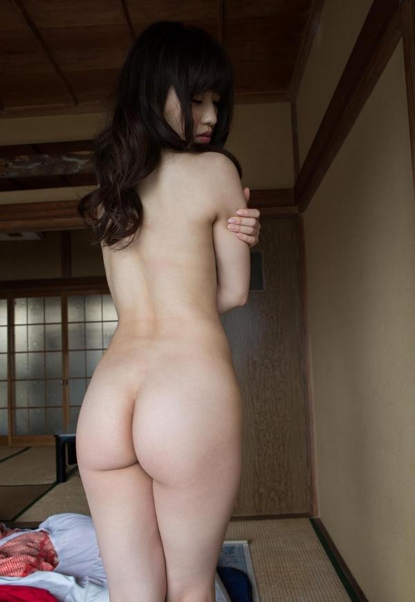 清楚な黒髪AV女優13人ヌードやエロ画像80枚の023枚目