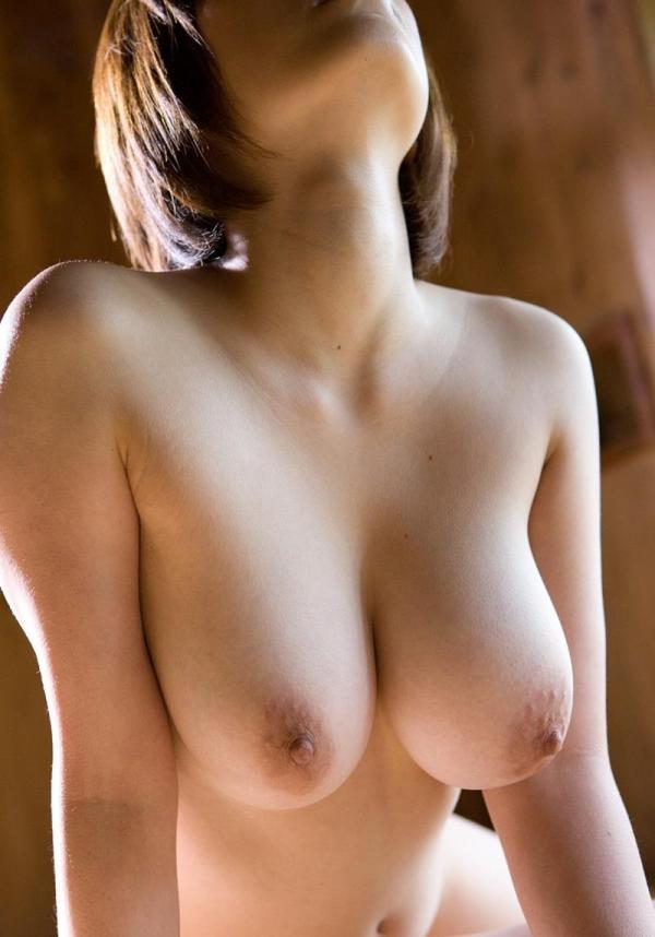 巨乳画像 美エロなデカパイ美女のからだ150枚の103枚目