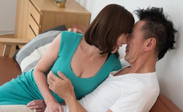 熟女のセックス画像 巨乳むっちり淫らな奥様80枚の004枚目