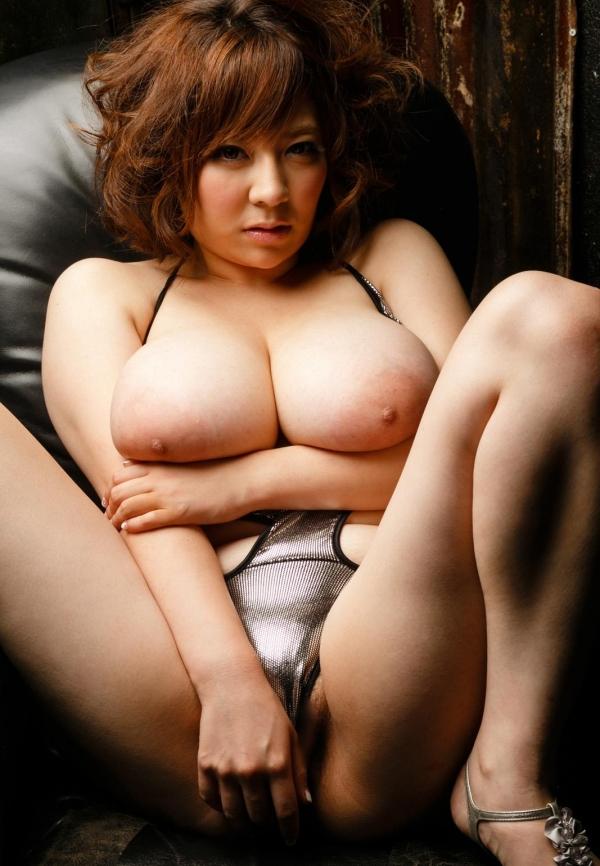 デカ乳輪画像 無性にエロい巨大乳輪美女106枚の077枚目