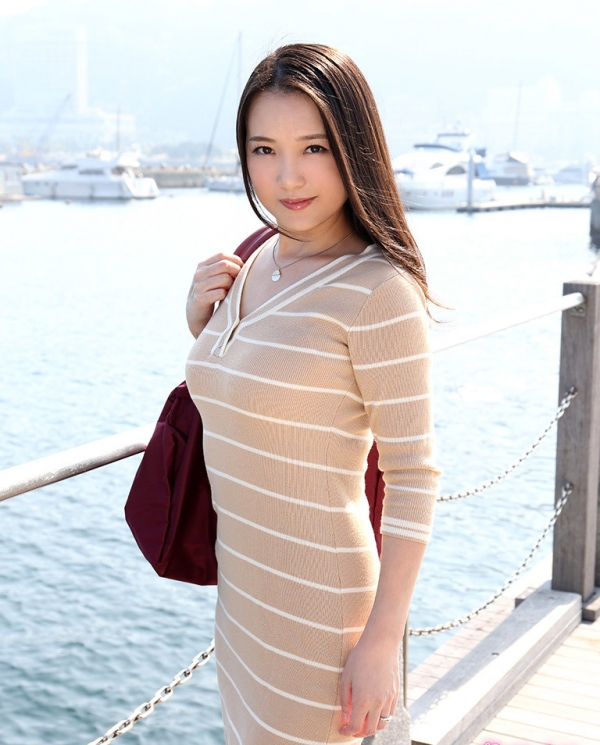 四十路美熟女 京野美麗(渡部涼子)不倫旅行のエロ画像55枚の001枚目