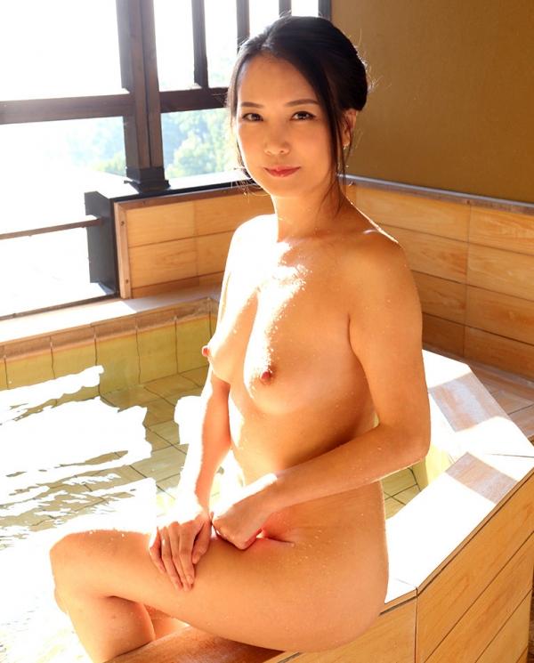 四十路美熟女 京野美麗(渡部涼子)不倫旅行のエロ画像55枚の016枚目