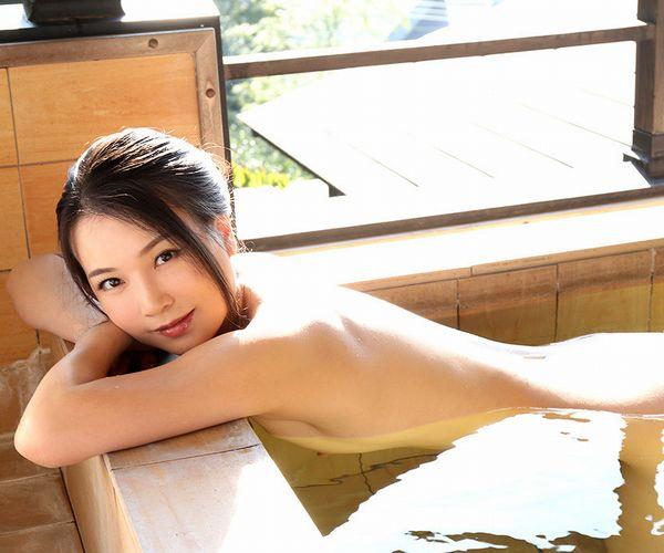 四十路美熟女 京野美麗(渡部涼子)不倫旅行のエロ画像55枚の1