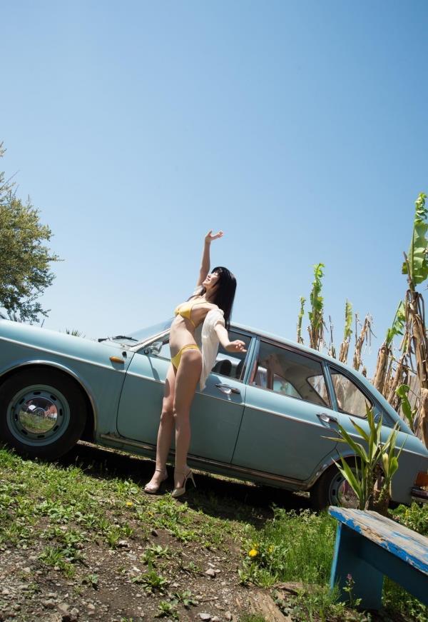 車とヌード画像 美女と自動車130枚の076枚目