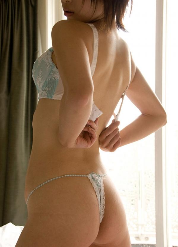 ハダカよりエッチな下着姿の美女のエロ画像120枚の076番