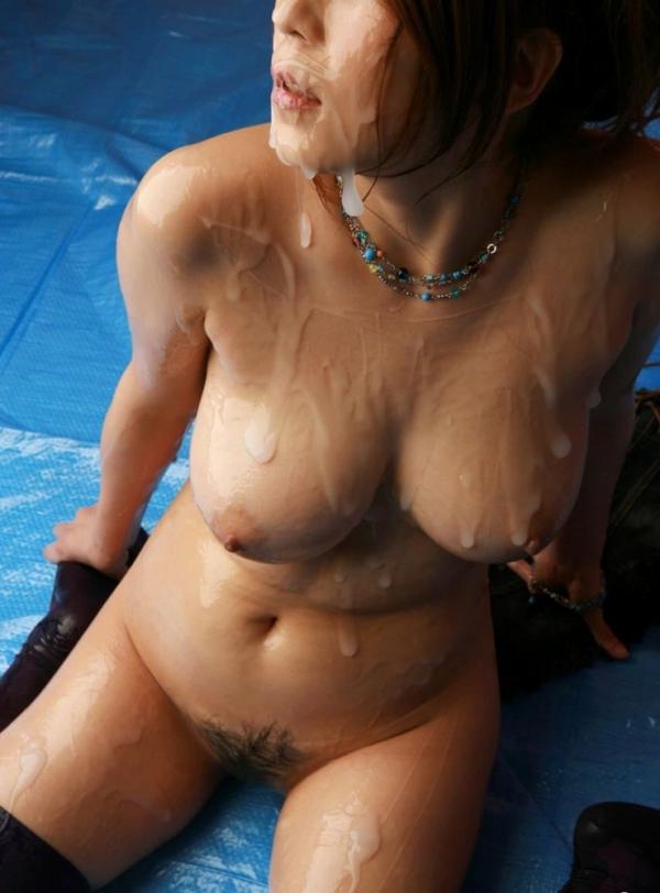 裸で密着したいローションまみれで全身ヌルヌルな女の画像50枚の22枚目