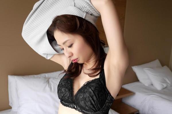 三十路の清楚な人妻 前田可奈子セックス画像90枚の021枚目
