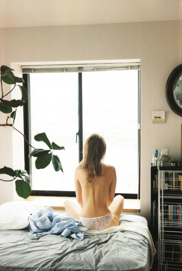 マギー(奈月マーガレット)手ブラや入浴セミヌード画像90枚の14枚目