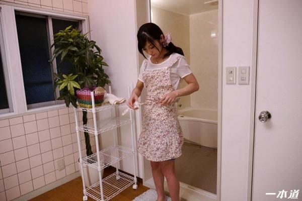 スレンダー美熟女平清香(愛加あみ)お前のカミさんやらせろエロ画像50枚の18枚目