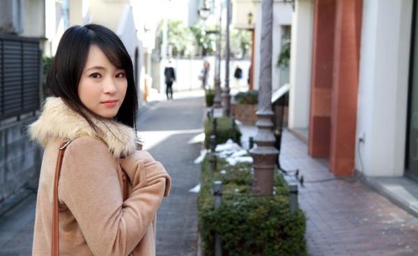 松田真奈 黒髪色白のF乳美少女セックス画像90枚の002枚目