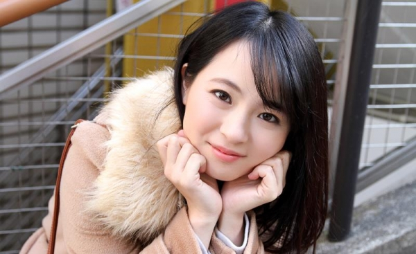 松田真奈 黒髪色白のF乳美少女セックス画像90枚の007枚目