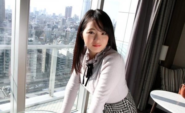 松田真奈 黒髪色白のF乳美少女セックス画像90枚の016枚目