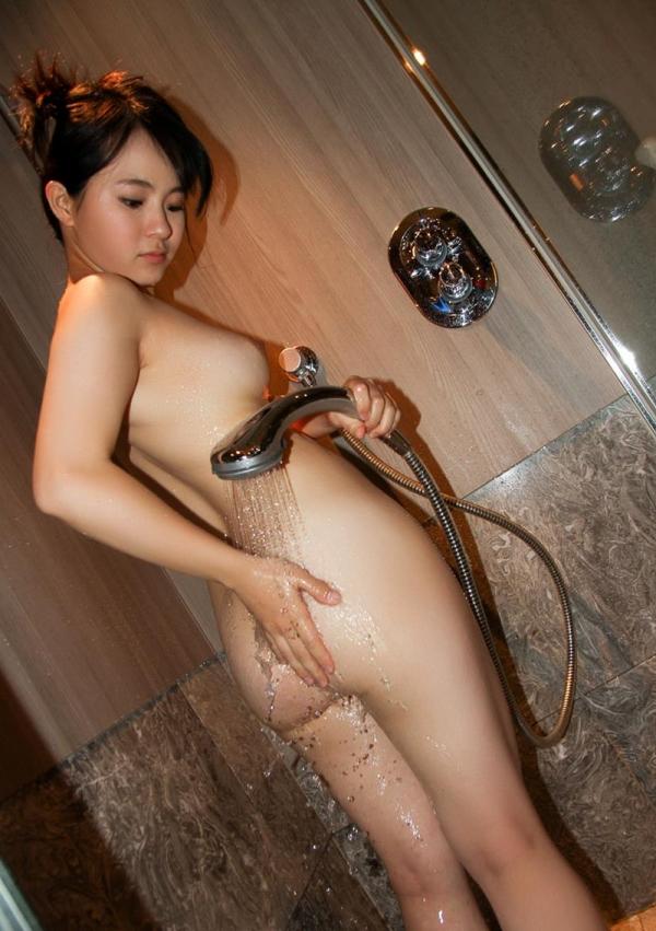 松田真奈 黒髪色白のF乳美少女セックス画像90枚の081枚目