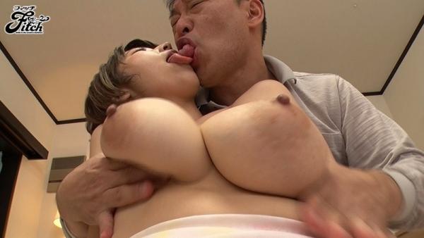 松本菜奈実 爆乳をブルンブルンさせてる濃密セックス画像47枚c013枚目