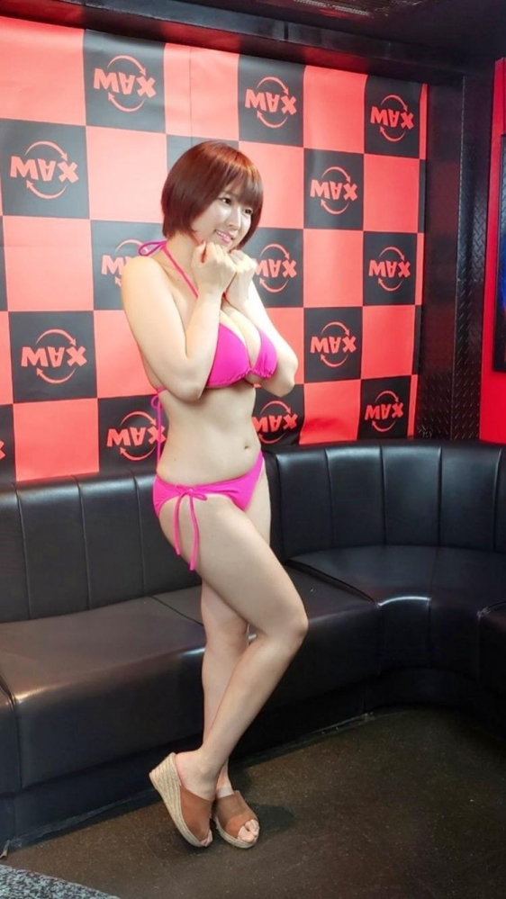 松本菜奈実 B100cm J乳濡れ透けエロ画像55枚のa08枚目