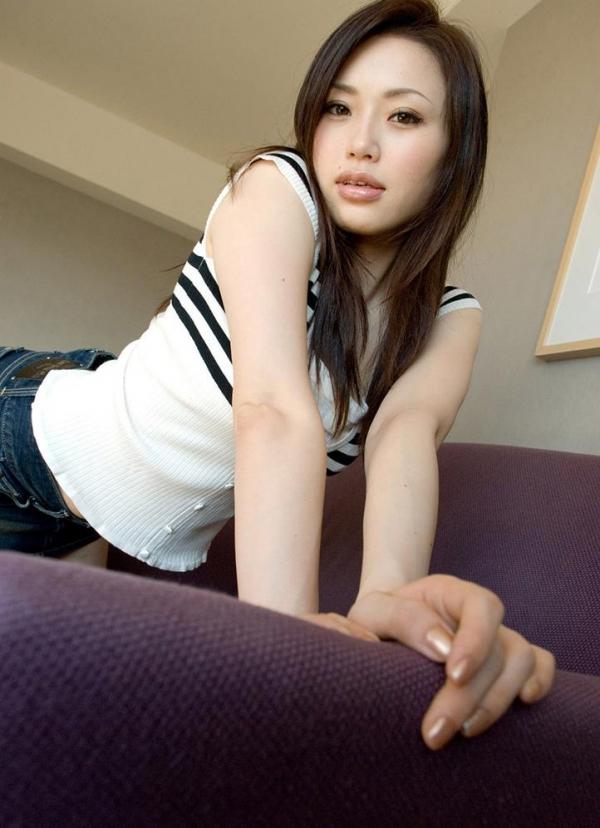 懐かしのエロス 松野ゆい 色白美マンの細身美女の画像100枚の003枚目