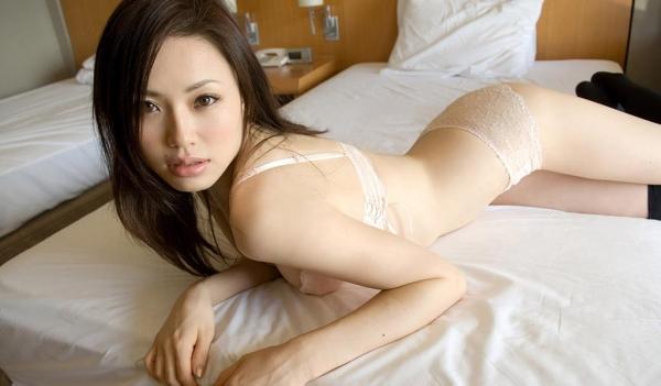 懐かしのエロス 松野ゆい 色白美マンの細身美女の画像100枚