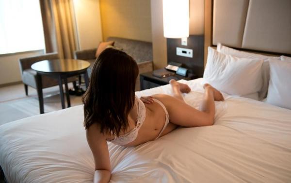 松下美織 高身長スレンダー巨乳美女エロ画像97枚の34枚目