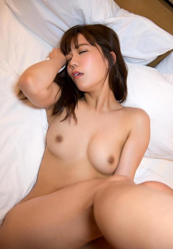 松下美織 高身長スレンダー巨乳美女エロ画像97枚の89枚目