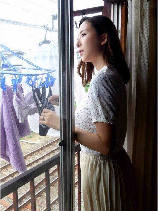 松下紗栄子(まつしたさえこ)雌になる上品な美熟女のエロ画像57枚のa005番