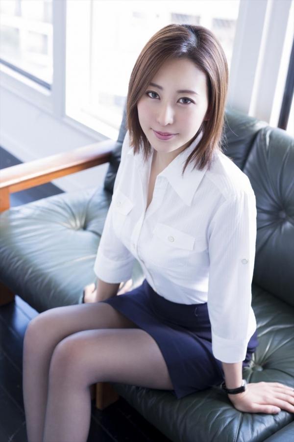 松下紗栄子 中高年に絶大な人気を誇る美熟女エロ画像42枚のa002枚目