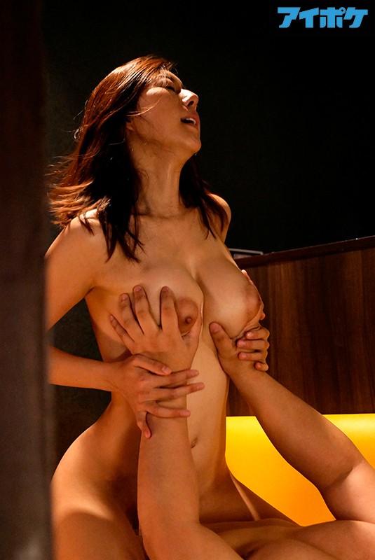 松下紗栄子 中高年に絶大な人気を誇る美熟女エロ画像42枚のc013枚目
