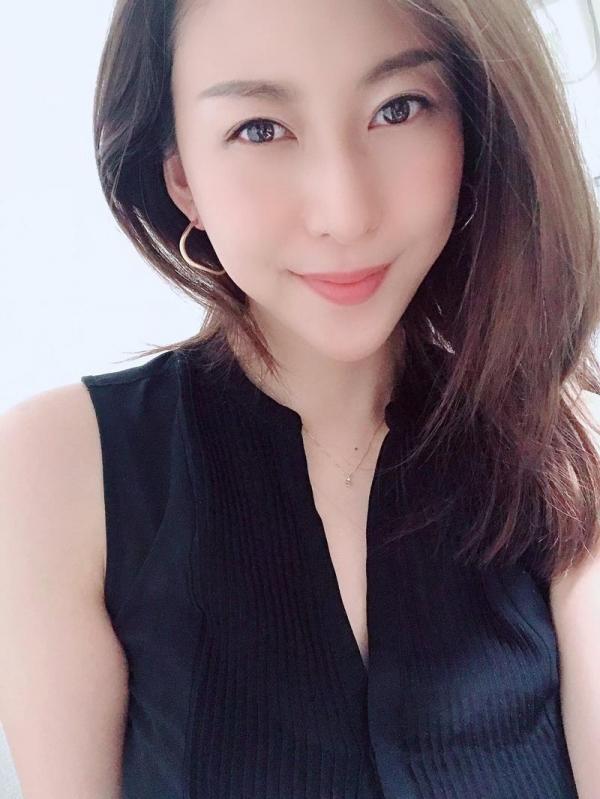 松下紗栄子(まつしたさえこ)元CAの巨乳美女エロ画像57枚のa02枚目