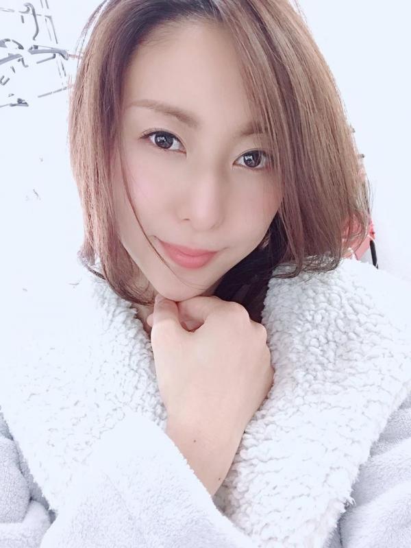松下紗栄子(まつしたさえこ)元CAの巨乳美女エロ画像57枚のa04枚目