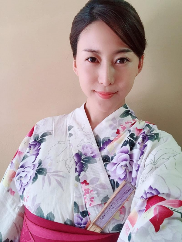 松下紗栄子(まつしたさえこ)元CAの巨乳美女エロ画像57枚のa05枚目