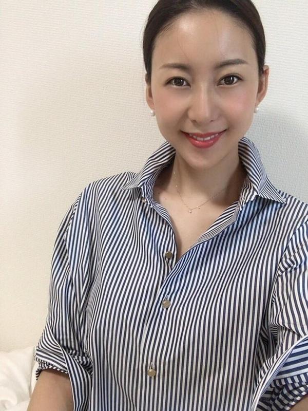 中高年に絶大な人気の松下紗栄子が久しぶりに新作発売エロ画像48枚のa20枚目