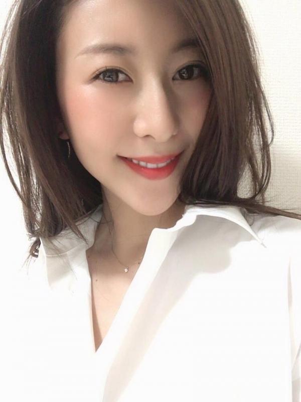 中高年に絶大な人気の松下紗栄子が久しぶりに新作発売エロ画像48枚の2