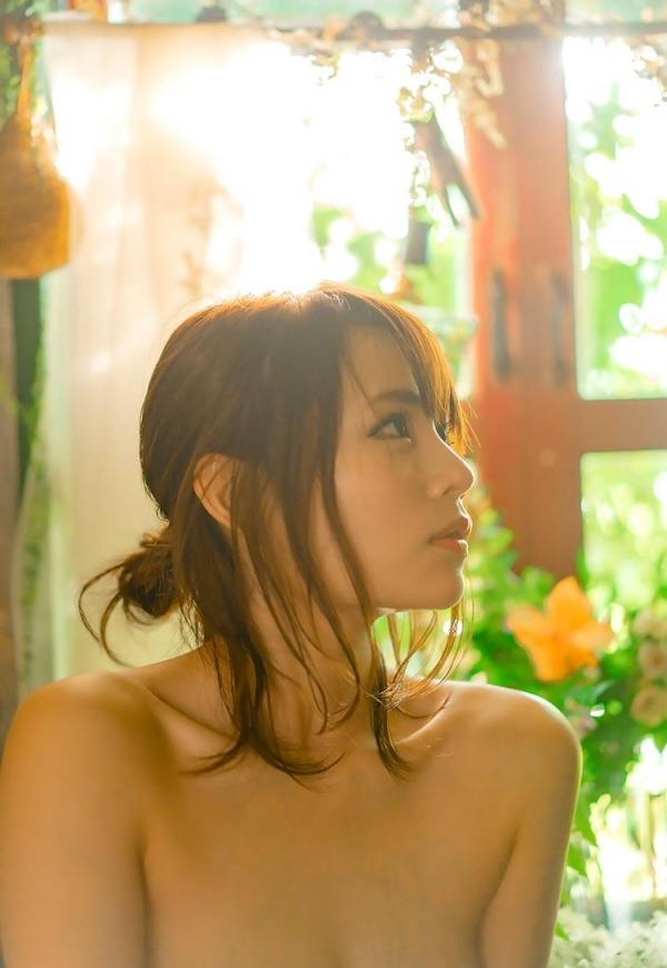 伊藤舞雪 奇跡のくびれ美巨乳美女エロ画像100枚のb34枚目
