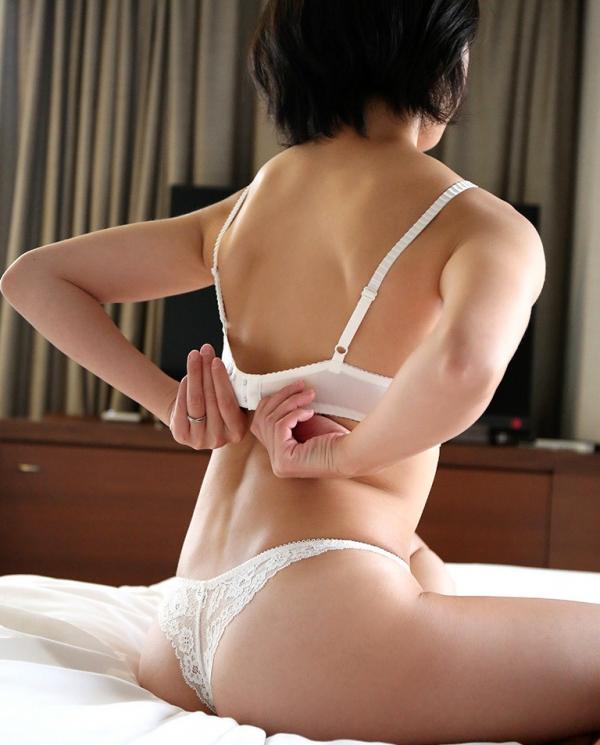 黛ユイ(大崎美佳)不倫する美人妻のエロ画像64枚のa07枚目