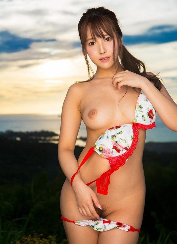 三上悠亜 全裸むっちむちフルヌード画像150枚の004枚目