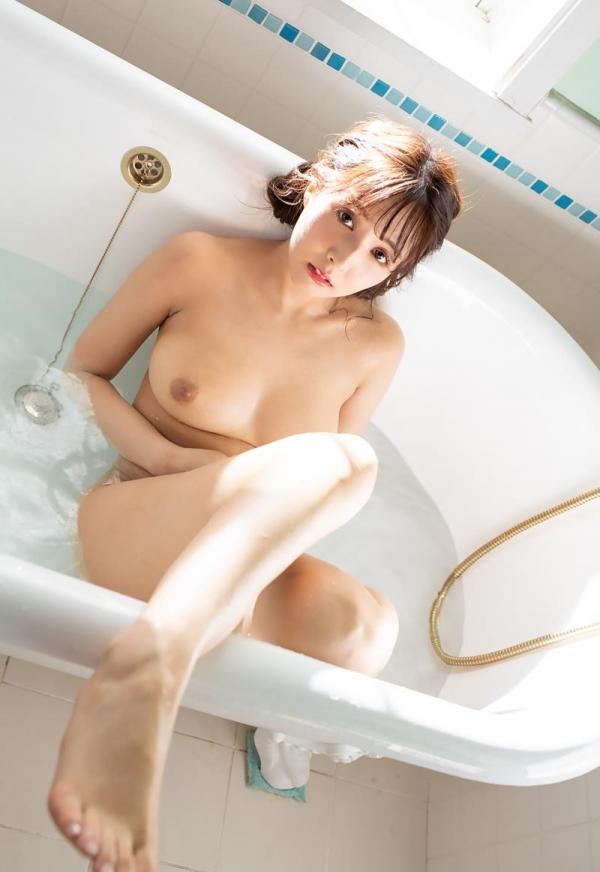 三上悠亜 清楚な淑女の雰囲気のヌード画像120枚の112枚目