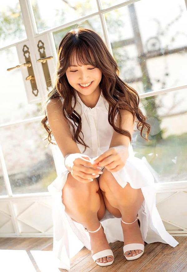 三上悠亜さん、ツイッターのフォロワー数は現在54万7000エロ画像56枚のb12枚目